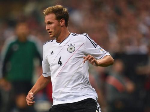 シャルケのドイツ代表DFが欧州予選へ抱負「勝利に貢献したい」