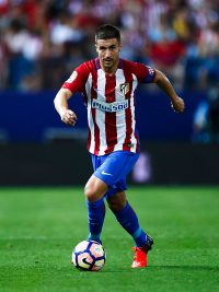 MADRID, SPAIN - AUGUST 21: Gabi Fernandez of Atletico de Madrid controls the ball during the La Liga match between Club Atletico de Madrid and Deportivo Alaves at Vicente Calderon stadium on August 21, 2016 in Madrid, Spain. (Photo by Gonzalo Arroyo Moreno/Getty Images)