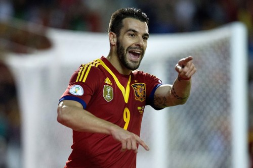 スペインのW杯出場決定、決勝点のネグレド「僕達は同じ目標に向かっている」