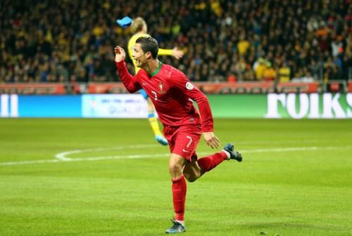 C・ロナウド3発のポルトガル、スウェーデンを破ってW杯出場決定