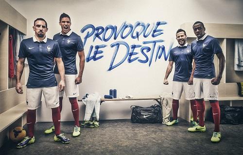 ナイキがフランス代表の新ホームユニフォームを発表