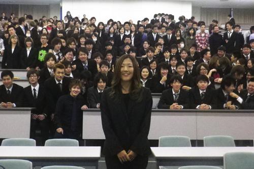 なでしこ大儀見優季が帝京平成大学で講演「壁や失敗は成長のチャンス」