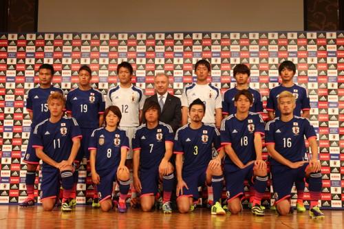 新ユニ発表会に国内組10人…遠藤保仁「W杯が近づいてきたなという感じ」