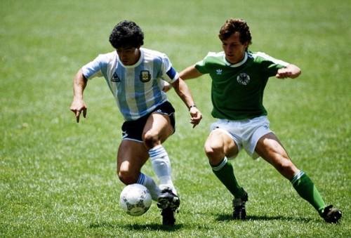 公式試合球で振り返るワールドカップの歴史