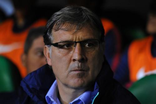 バルセロナ、主将プジョルに続きマルティーノ監督にも退団報道