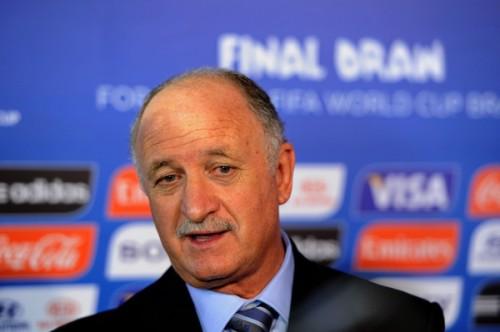 バルセロナ、来季の新監督に現ブラジル代表監督スコラーリ招へいか