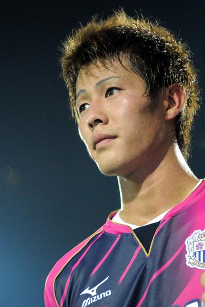 日本代表FW柿谷がC大阪と契約延長「タイトルは全部取りたい」