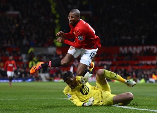 マンUのFWヤングが肩を負傷、FA杯スウォンジー戦の欠場が決定