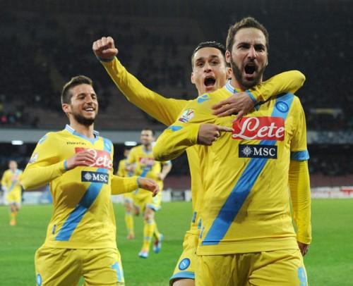 イグアイン決勝点のナポリ、ラツィオを破ってイタリア杯準決勝進出