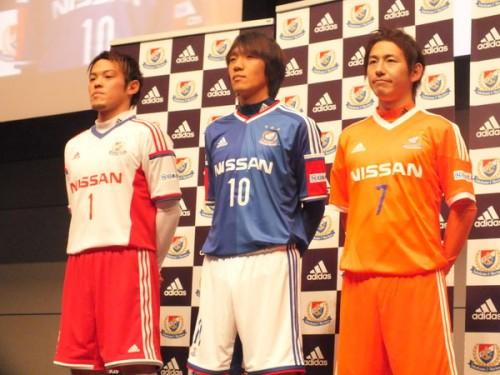 横浜FM俊輔、新シーズンは背番号「10」…「25」は新加入藤本に継承