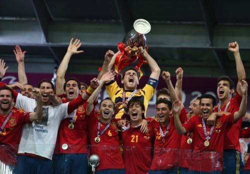 ユーロ2016予選組合せ決定…3連覇目指すスペインはウクライナなどと