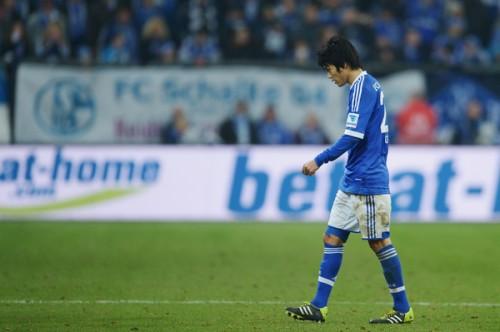 シャルケDF内田篤人が今季絶望の危機か…ドイツ誌『キッカー』が報じる