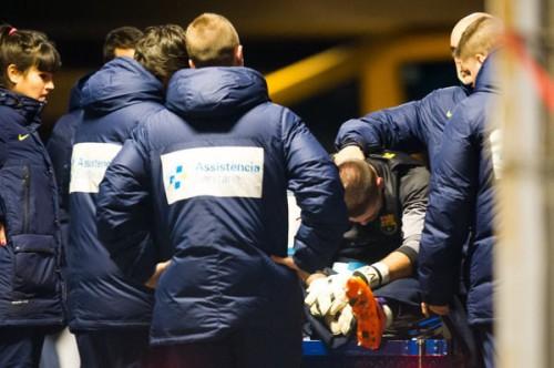 右ひざ負傷のバルセロナGKビクトル・バルデス、ドイツで手術へ