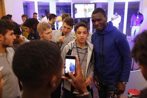 FWベンテケがキャリアのターニングポイントと憧れの選手を明かす「転機は16歳の時。憧れの選手はアンリ」