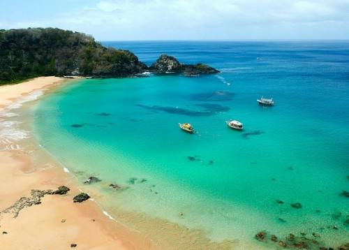 地球で最も美しいビーチが、W杯日本戦開催地の近くにあった!