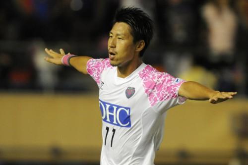 日本代表FW豊田が始球式に登場…鳥栖とソフトバンクが共同イベント