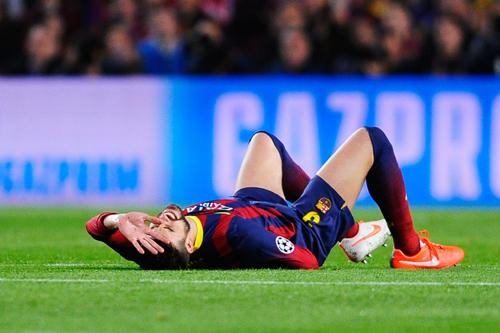 CL準々決勝で負傷交代したバルセロナのピケは骨盤挫傷