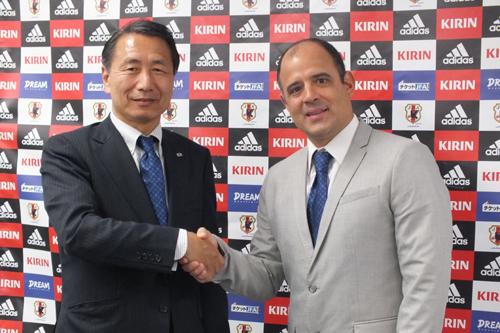 ビーチ日本代表の新監督にブラジル出身のマルセロ・メンデス氏
