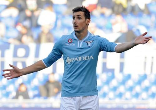 ラツィオ所属のドイツ代表FWクローゼが契約延長…MLS移籍の噂を一蹴