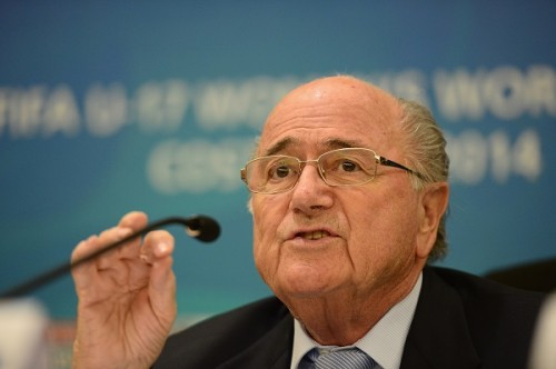 FIFAブラッター会長、人種差別に憤り「勝ち点の没収か降格が必要」