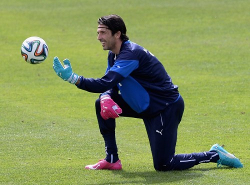 イタリア代表守護神ブッフォンがW杯予想「ベスト8が目標」