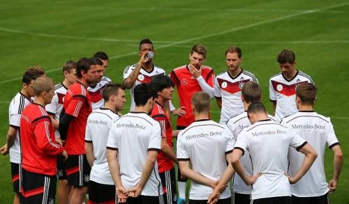 部外者の立ち入りを禁ず…隔離された環境でW杯へ集中するドイツ代表