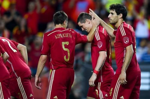 前回W杯王者スペイン、ボリビアに勝利…トーレスPK&イニエスタ弾