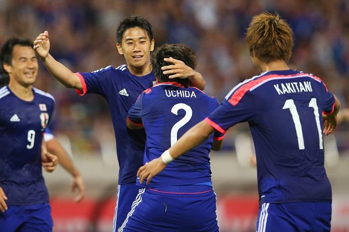 日本、内田のA代表2点目でW杯前...