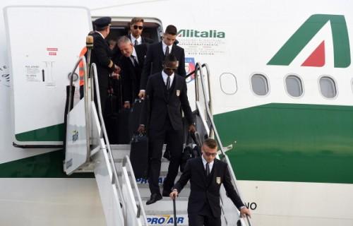 """イタリア代表が飛行機の座席不足で9選手が""""エコノミー""""でブラジル入り"""