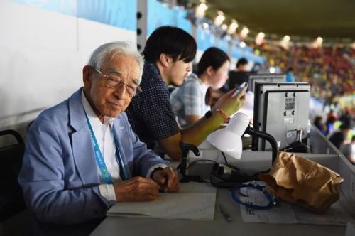 FIFAが最年長記者・賀川浩氏を紹介「オールドマスターの長い旅」
