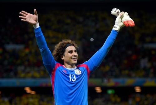 好守連発でブラジルを完封…メキシコGKオチョア「生涯最高の試合」