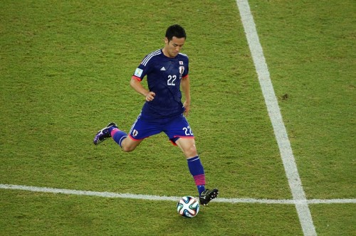 吉田麻也、ギリシャの守備に対し「縦パス常に狙われて、怖かった」