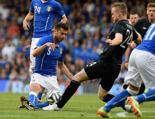 イングランドやウルグアイら同組のイタリア、アイルランドとドロー