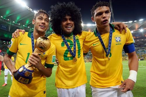 ブラジル代表主将T・シウヴァ、W杯優勝の鍵にネイマールを指名