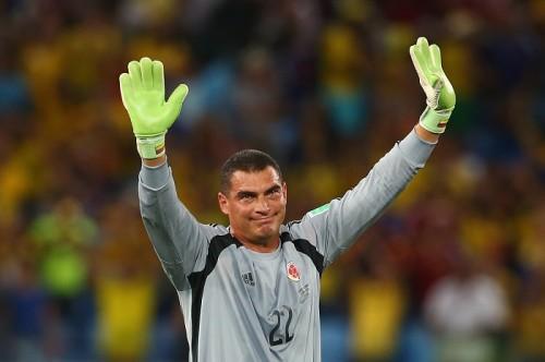 43歳と3日で出場のコロンビア代表GKモンドラゴン、W杯最年長出場記録更新