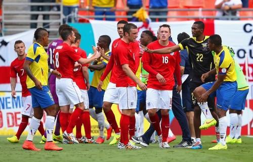 エクアドルと引き分けたイングランド、W杯への調整に手応え