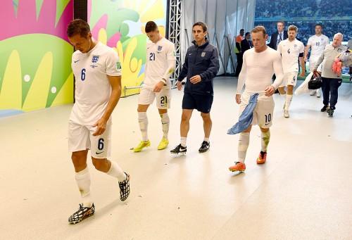ファーディナンドがW杯GL敗退のイングランド代表を激しく非難