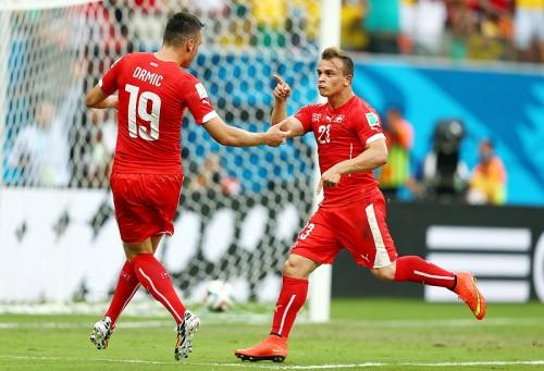スイスのシャキリ、ハットトリックに満足「本当に素晴らしい偉業」