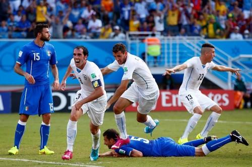 生き残ったのはウルグアイ、2位で決勝T進出…イタリアは2大会連続のGL敗退