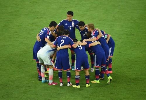 初戦悔しい敗戦も、日本ファンが試合後ゴミ拾い…海外メディア賛辞