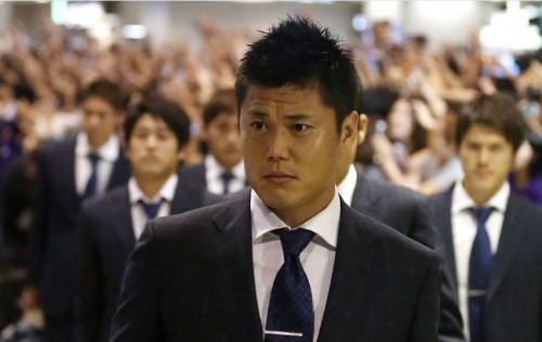 日本代表がブラジルより帰国…選手たちは疲れた表情