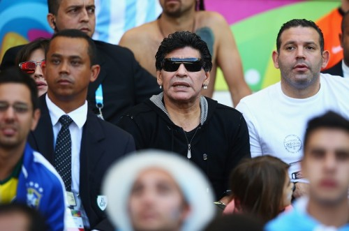 マラドーナ氏、アルゼンチン戦をスタンド観戦も…メッシの決勝点見逃す