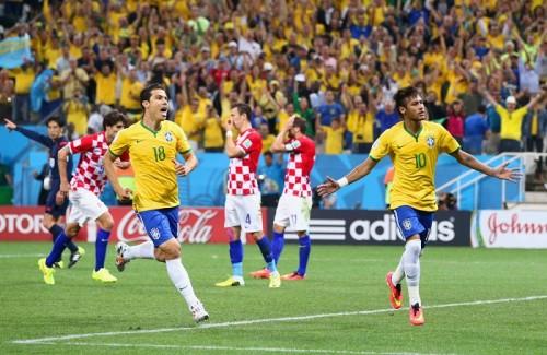 W杯開催国ブラジルがネイマール2発&オスカル弾で逆転白星発進