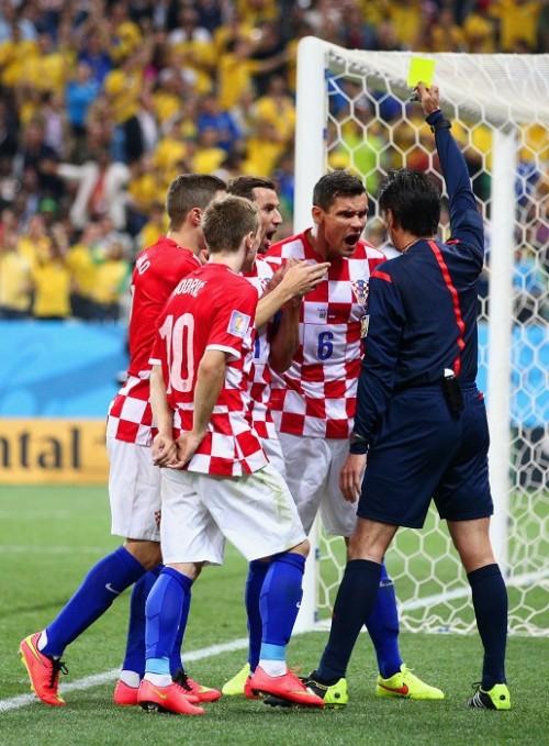 西村主審のPK判定に憤るクロアチア指揮官「W杯の審判ではない」