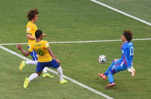 ブラジルとメキシコ、白熱の一戦はドロー…GKオチョアがビッグセーブ連発