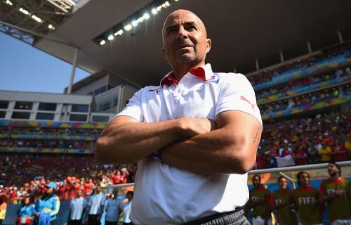 チリ代表サンパリオ監督、敗戦も2位通過に「胸を張ってほしい」