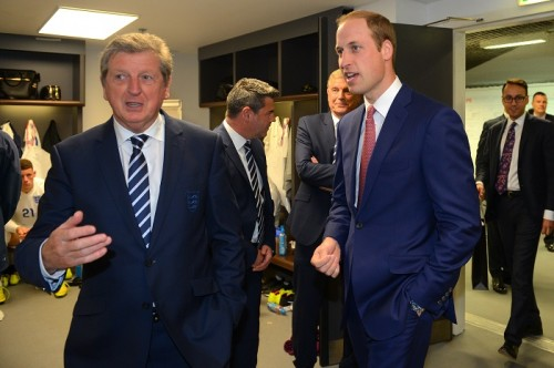 英国王室ウィリアム王子、W杯出場のイングランド代表にエール