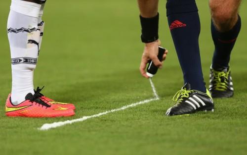 スペインサッカー協会、リーガでの「バニシング・スプレー」を採用
