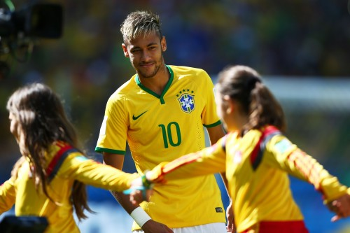 ブラジル代表のネイマールが10歳の時に特別奨学金を受けていた事実を明かす
