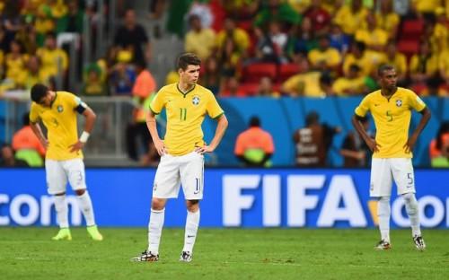 3失点完敗…ブラジルのオスカル「ひどい気持ち。説明がつかない」